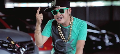 Tan Beo khoe tai doc rap trong MV 'Hy sinh doi trai' hinh anh