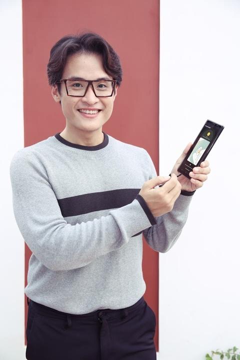 Ly Nha Ky, Lan Ngoc, Quynh Anh Shyn hao hung mua sam qua Samsung Pay hinh anh 9