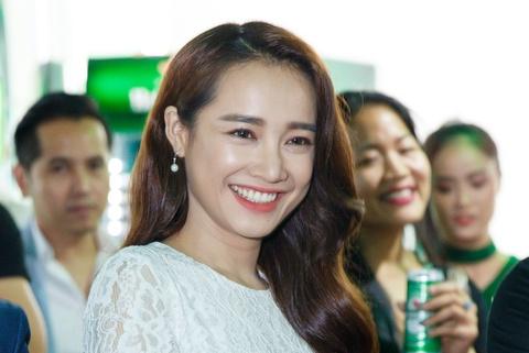 Nha Phuong: 'Toi tu ti nen khong the mac goi cam' hinh anh 5