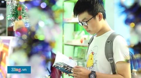 Tham quan Phuong Nam Book City tai quan 5 TP.HCM hinh anh