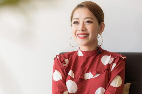 Chi Pu: Giong ca 'tham hoa' vi sao duoc 4 de cu Zing Music Awards? hinh anh 1