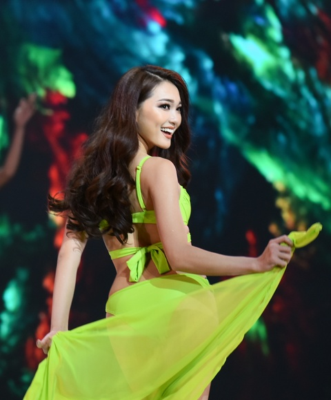 Chung ket Hoa hau Hoan vu Viet Nam 2017 toi nay: Ai se dang quang? hinh anh 7