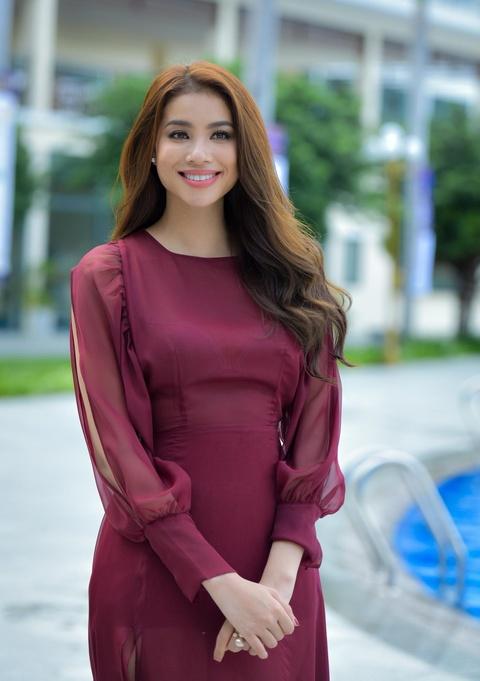 Pham Huong: 'Cha mat som khien toi hieu cuoc doi khong hoan hao' hinh anh 4