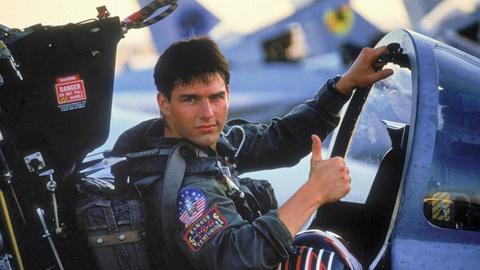 Gan 60 tuoi, Tom Cruise van tre trung, manh me va lieu linh hinh anh 3