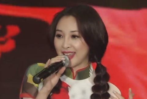 'Mua hoa phuong no' - Nam Dong Ke va top ca thieu nhi hinh anh
