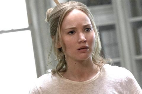 Jennifer Lawrence: Sau dinh cao, vuc sau se la su tai sinh? hinh anh 2