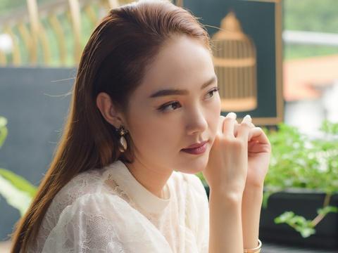 Minh Hang: 'Ngo Thanh Van khong phai la doi thu cua toi' hinh anh