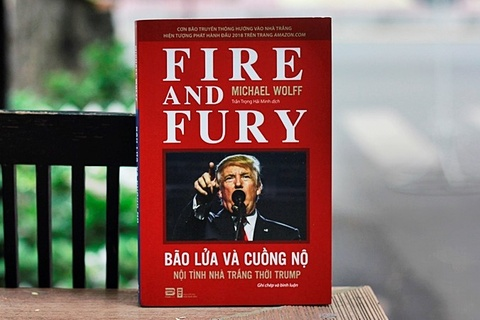 Sach 'lot tran Nha Trang' va Donald Trump co ban dich tieng Viet hinh anh