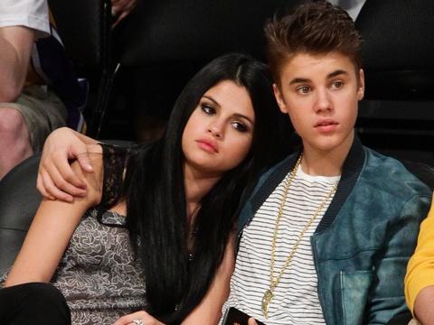 Selena Gomez phan ung ra sao truoc tin Justin Bieber dinh hon? hinh anh