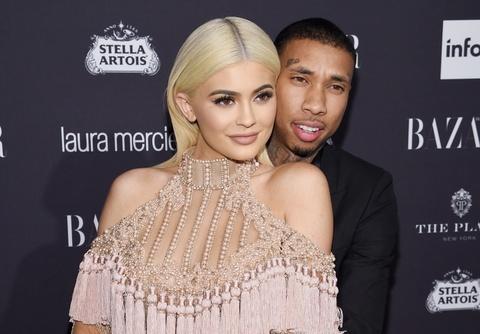 Kylie Jenner va loi nguyen 'huy hoai dan ong' cua gia toc Kardashian hinh anh 3