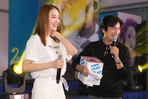 Minh Hang: 'Khong le guong mat nhu toi lai khong the co bo?' hinh anh 1