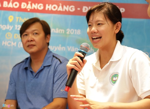 Sach ve Anh Vien: 'Boi la mon the thao co doc kinh khung' hinh anh 3