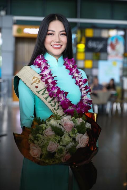 Hoa hau Trai dat 2018 Phuong Khanh khong doi vuong mien ngay tro ve hinh anh 3