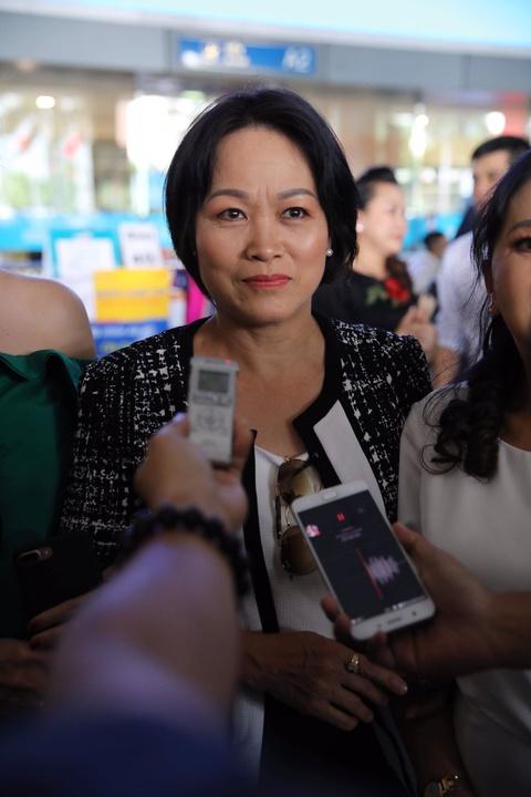 Hoa hau Trai dat 2018 Phuong Khanh khong doi vuong mien ngay tro ve hinh anh 12