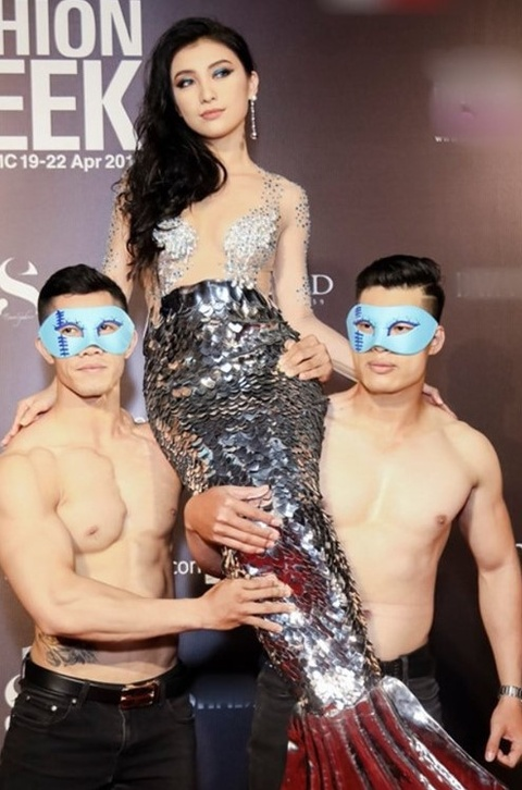 Nam Em, Kieu Minh Tuan, Ngoc Luan: Man PR kech com cua showbiz 2018 hinh anh 9