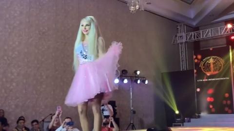 'Barbie nguoi that' Tatyana Tuzova trinh dien tai Hoa hau Lien luc dia hinh anh