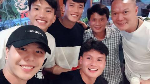 Clip Quang Hai, Duy Manh hat tam ca 'Nguoi ay' voi Trinh Thang Binh hinh anh