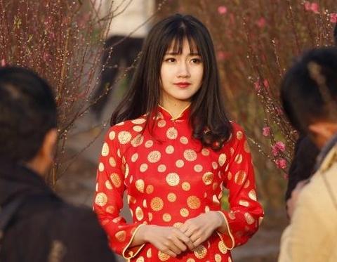Anh hot girl Kieu Trinh lot top an tuong 2016 tren Reuters hinh anh