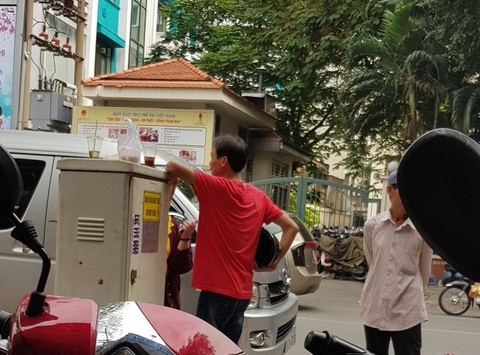 'Co' lam gia visa di xem U23 Viet Nam thi dau o Trung Quoc hinh anh