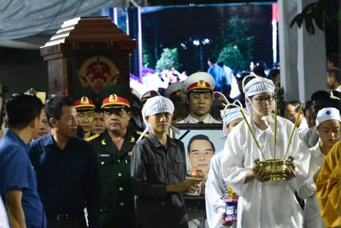Thu tuong Nguyen Xuan Phuc vieng ong Phan Van Khai tai que nha hinh anh 10