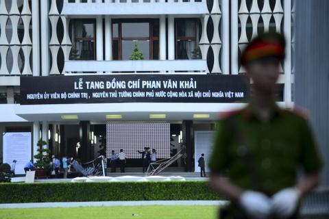 Thu tuong Nguyen Xuan Phuc vieng ong Phan Van Khai tai que nha hinh anh 8
