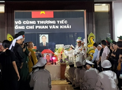 Thu tuong Nguyen Xuan Phuc vieng ong Phan Van Khai tai que nha hinh anh 7