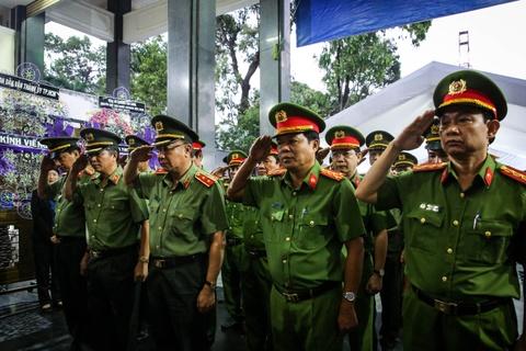 Nuoc mat roi tai le vieng Pho chu tich UBND TP.HCM Nguyen Thi Thu hinh anh 8