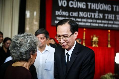 Nuoc mat roi tai le vieng Pho chu tich UBND TP.HCM Nguyen Thi Thu hinh anh 6