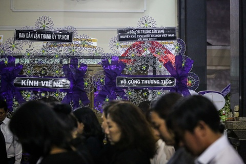 Nuoc mat roi tai le vieng Pho chu tich UBND TP.HCM Nguyen Thi Thu hinh anh 12