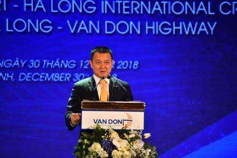 TGD Sun Group phat bieu tai le khai truong cang hang khong Van Don hinh anh