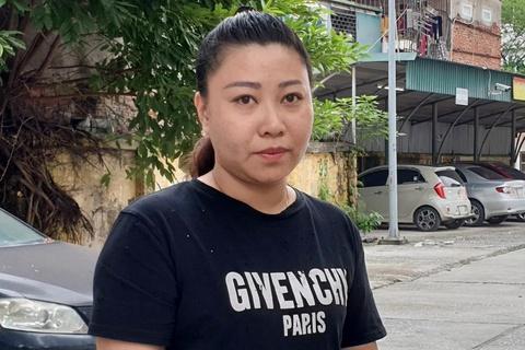 Dai uy Hien: 'Nhan vien san bay khong chui, toi se khong noi khung' hinh anh