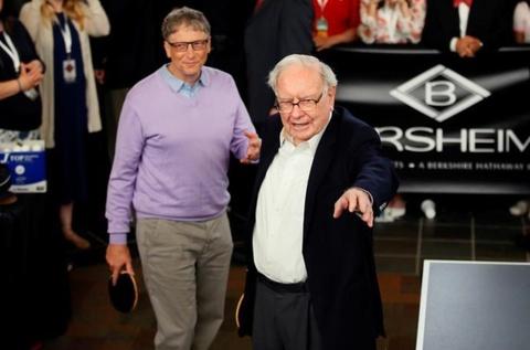 Ty phu Warren Buffett tu thien hon 3 ty USD vao quy nha Bill Gates hinh anh