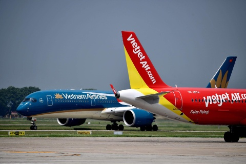 Thu nhap cua lanh dao Vietnam Airlines, Vietjet cao muc nao? hinh anh