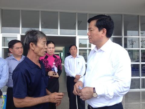 Bi thu Thang: 'Nguoi dan khong benh vao gio hanh chinh' hinh anh