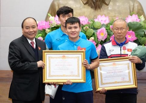 Thu tuong: Toi da cho doi U23 Viet Nam hon 5 gio dong ho hinh anh 9