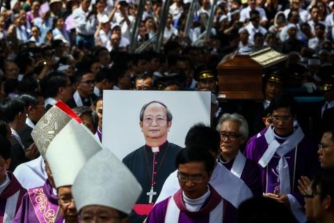 An tang co Tong giam muc Bui Van Doc trong nha nguyen co o Sai Gon hinh anh 9