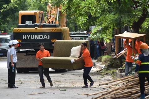 Cuong che hang loat cong trinh 'xe thit' muong Phan Ke Binh hinh anh 8
