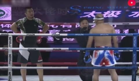 Tran dau 'nhu di dao' cua Tu Hieu Dong truoc cao thu kungfu hinh anh