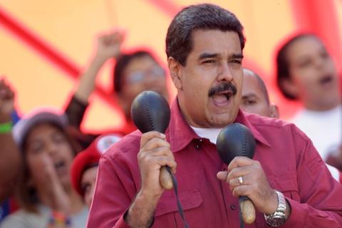 Tong thong Venezuela: Ong Trump ra lenh cho mafia am sat toi hinh anh
