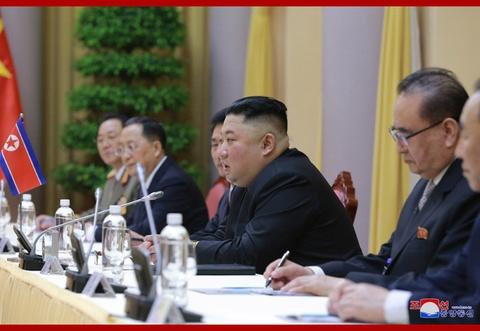Chuyen tham Viet Nam cua ong Kim Jong Un qua goc may KCNA hinh anh 5