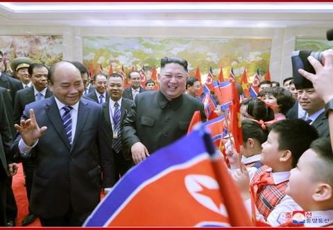 Chuyen tham Viet Nam cua ong Kim Jong Un qua goc may KCNA hinh anh 6