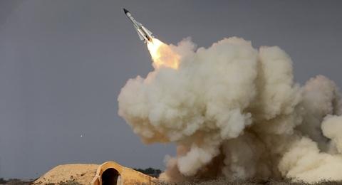 Sat thu phong khong giup Syria ban ha Tomahawk cua My hinh anh 3