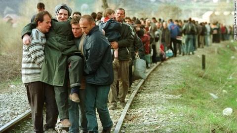 Nhin lai cuoc chien o Kosovo 20 nam truoc hinh anh 8