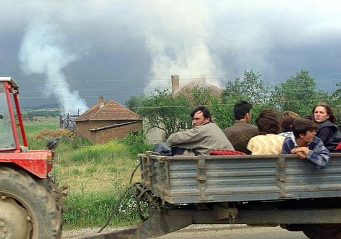 Nhin lai cuoc chien o Kosovo 20 nam truoc hinh anh 9