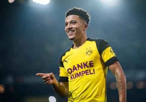 Man United phá két mua ngôi sao Bundesliga