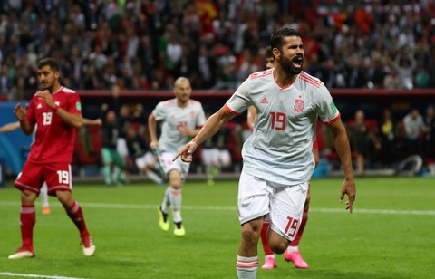 Cau thu Iran: 'Diego Costa la ke khong co dao duc' hinh anh