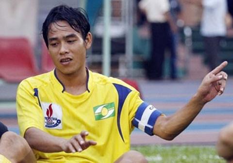 Doi hinh tuyen Viet Nam gay bat ngo tai Asian Cup 2007 gio o dau? hinh anh 4
