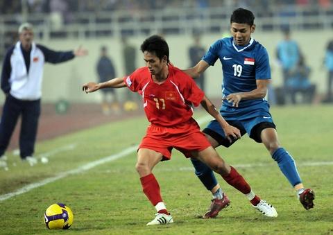Doi hinh tuyen Viet Nam gay bat ngo tai Asian Cup 2007 gio o dau? hinh anh 7