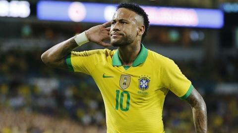 Tuyen Thai Lan bo lo co hoi doi dau voi Neymar hinh anh