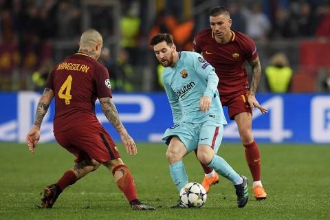 Barca sap co co hoi tra thu AS Roma hinh anh